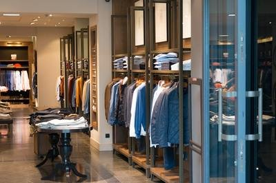 retail ERP vendor - clothing store