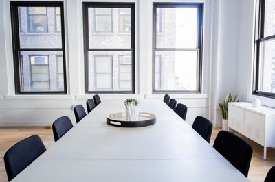 ERP vendor out of busineess - empty boardroom